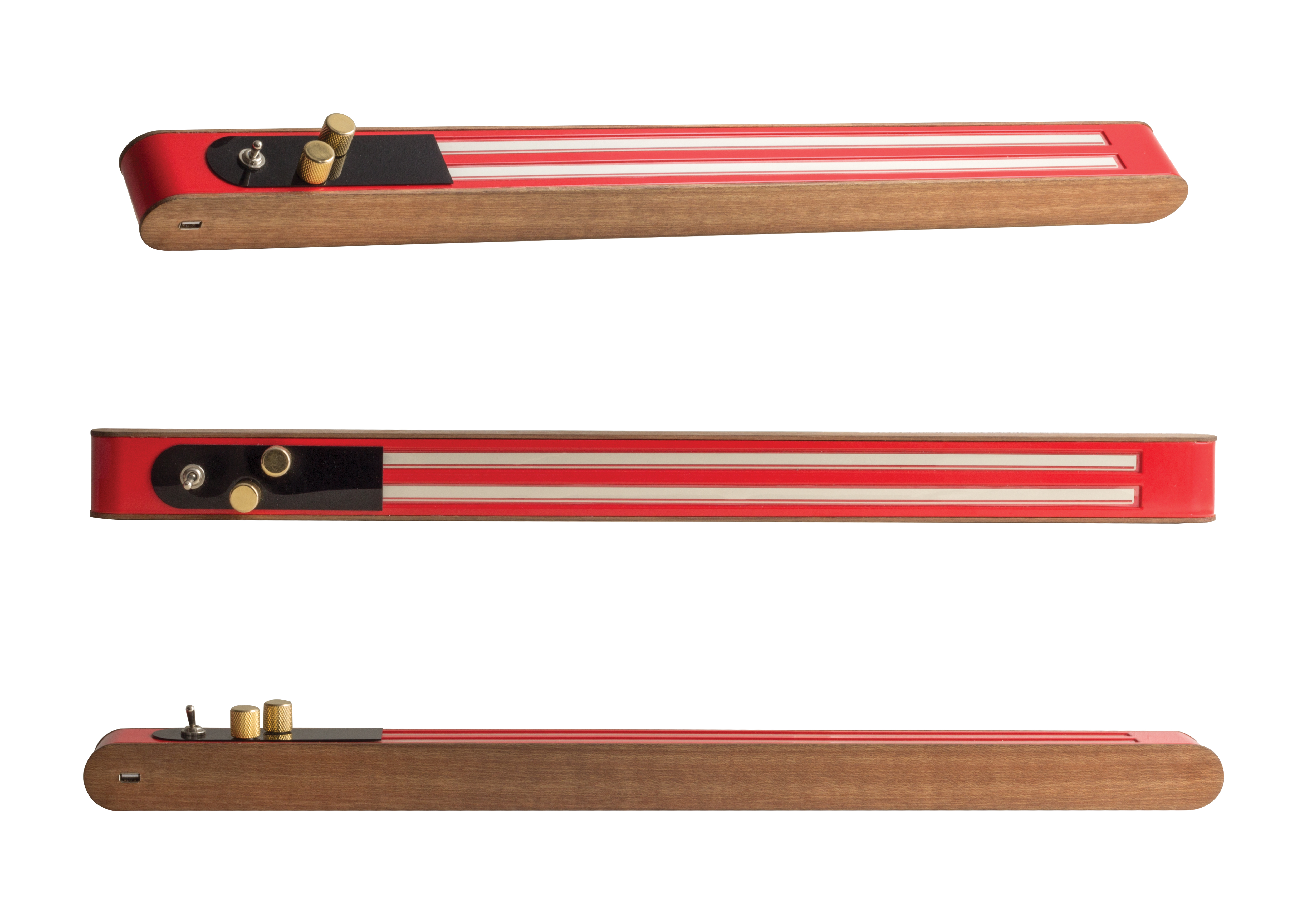 Der Jamflow ist ein länglicher Holzblock mit zwei Vertiefungen der Länge nach. Das sind digitale Saiten, die man berührt und mit zwei Drehknöpfen beeinflussen kann. So entsteht der Ton.